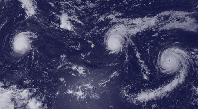 台風はエイリアンによる侵略?という説