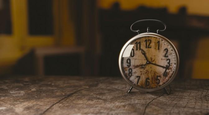 ふと目が覚める時間帯には理由がある? 体からのメッセージを読み解く