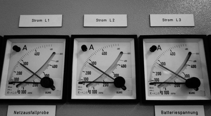 セルフアセンションプロセスの仕組みを電流計で説明する