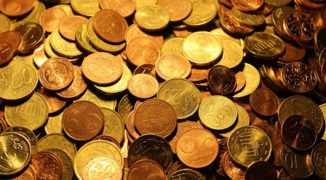 道でコインを見つけた時のスピリチュアルな意味